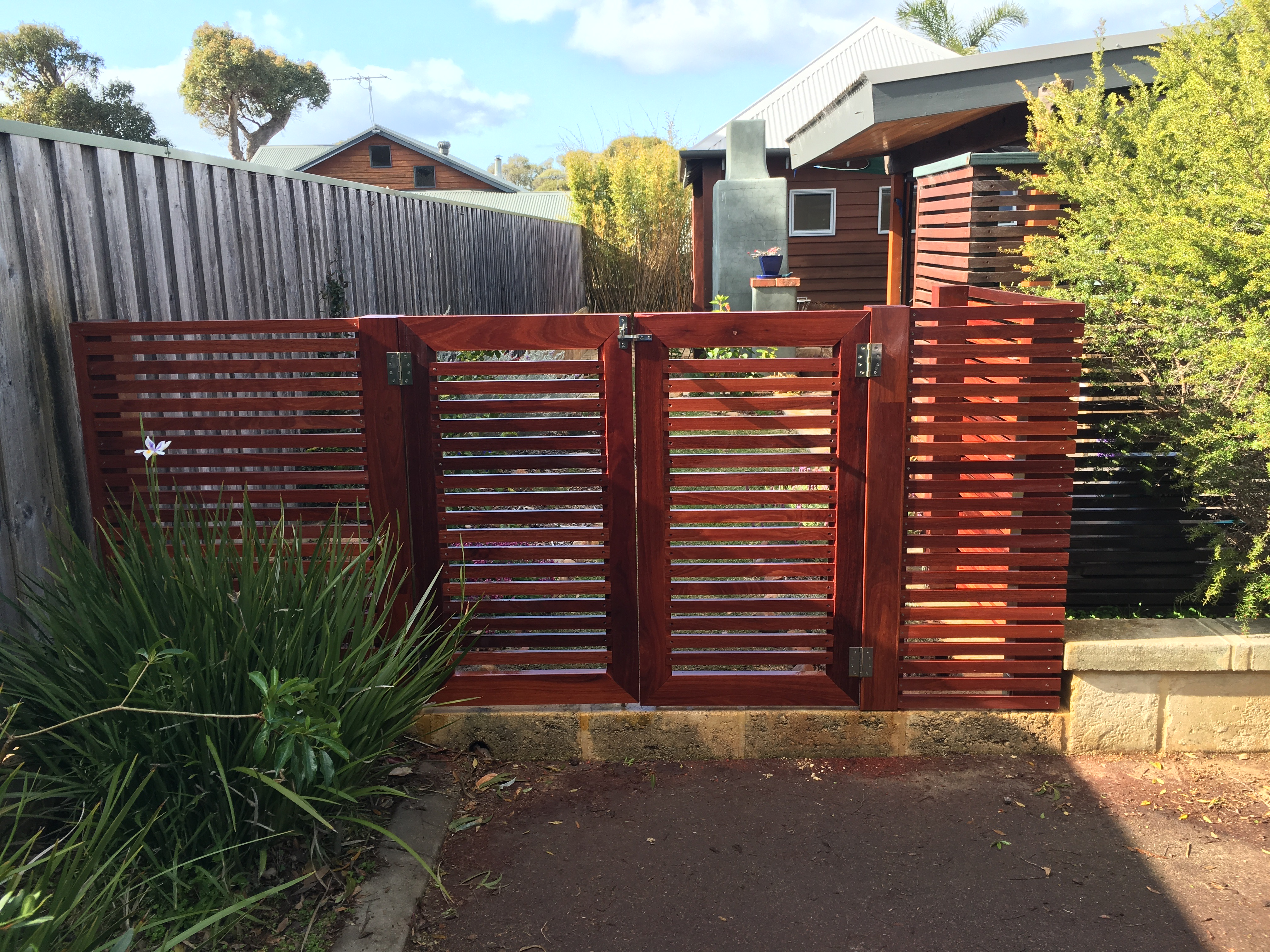 Custom fencing by bears fencing.