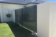 aluminum slat gate