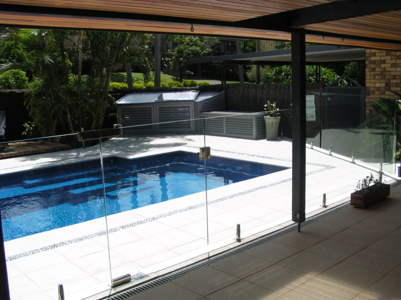 Pool Fence Bunbury Busselton Glass Aluminum Pool Fencing